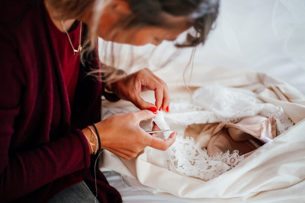 Maïté Bailleul, créatrice de robes de mariée sur-mesure à Lille